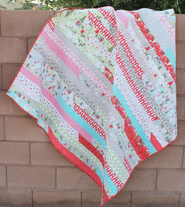 Christmas Jelly Roll Race Quilt