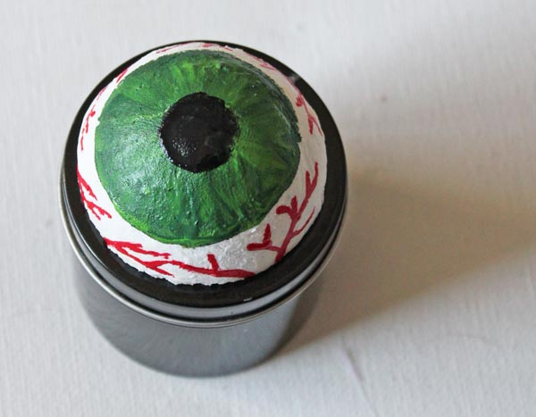 eyball box with smooth finish