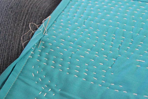 bind mini quilt