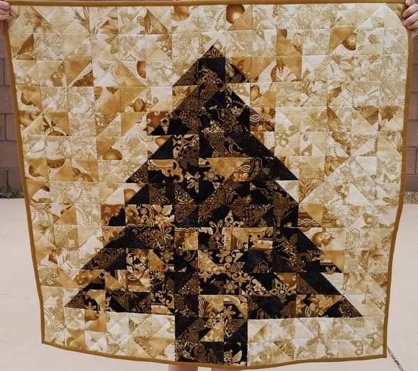 half square triangle christmas tree quilt