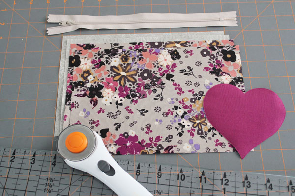 supplies for applique zippered pouch