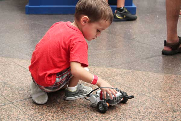 play-with-robots