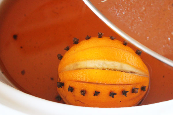 warm spiced cider in the crock pot